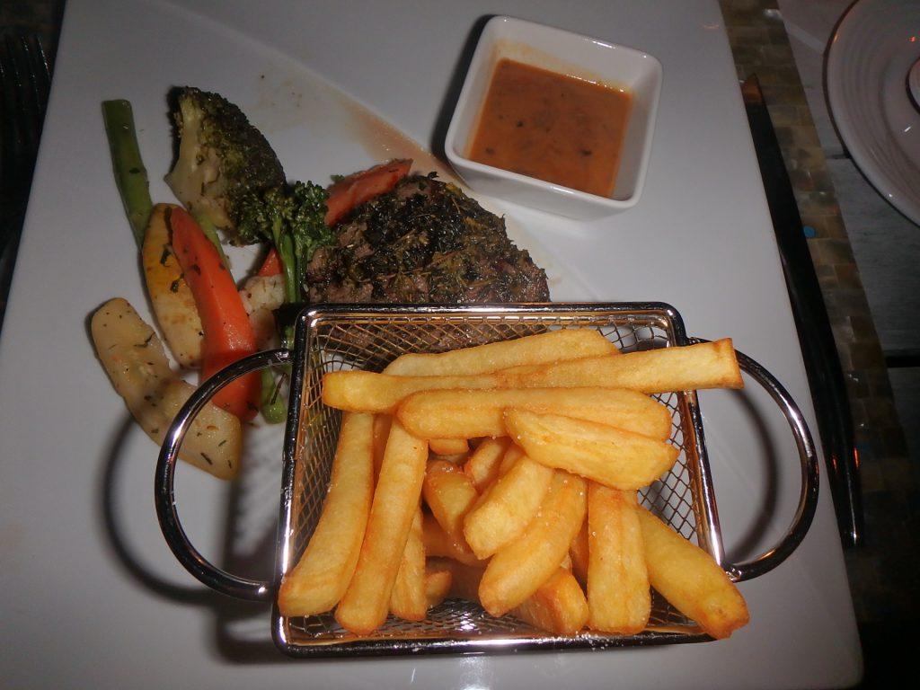 モルディブ ステーキ 美味しい