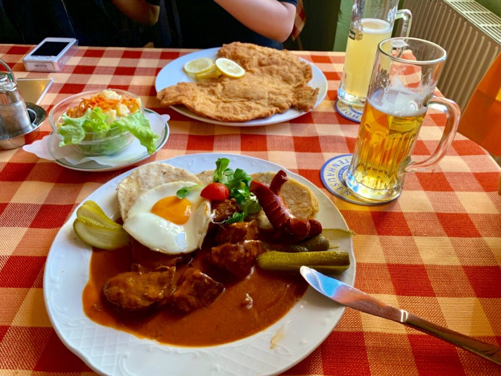 ウィーン 伝統料理 美味しい ブログ