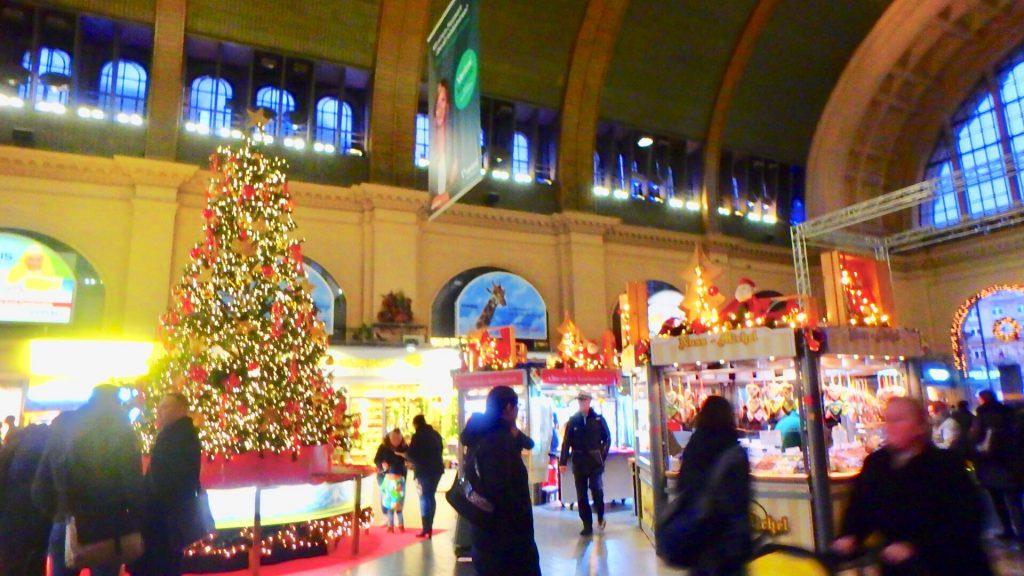 フランクフルト中央駅 クリスマスマーケット