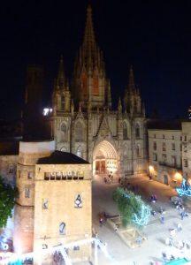 バルセロナ 大聖堂が見えるホテル