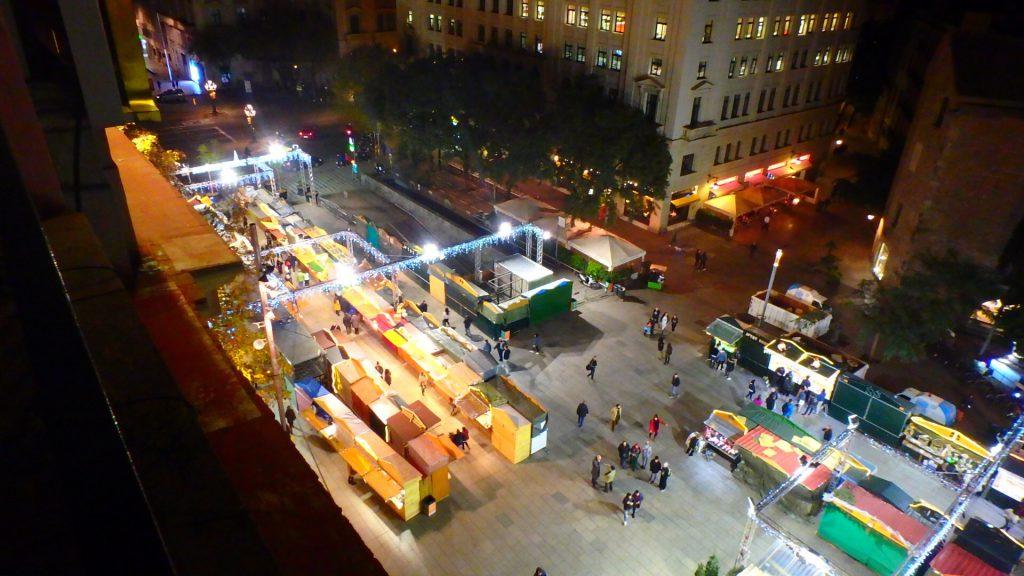 バルセロナ クリスマスマーケット近くのホテル