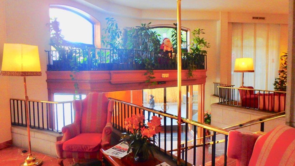 ホテルコロン バルセロナ フロント