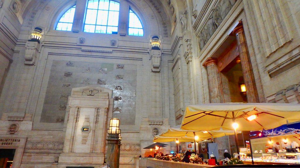 ミラノ中央駅 カフェ