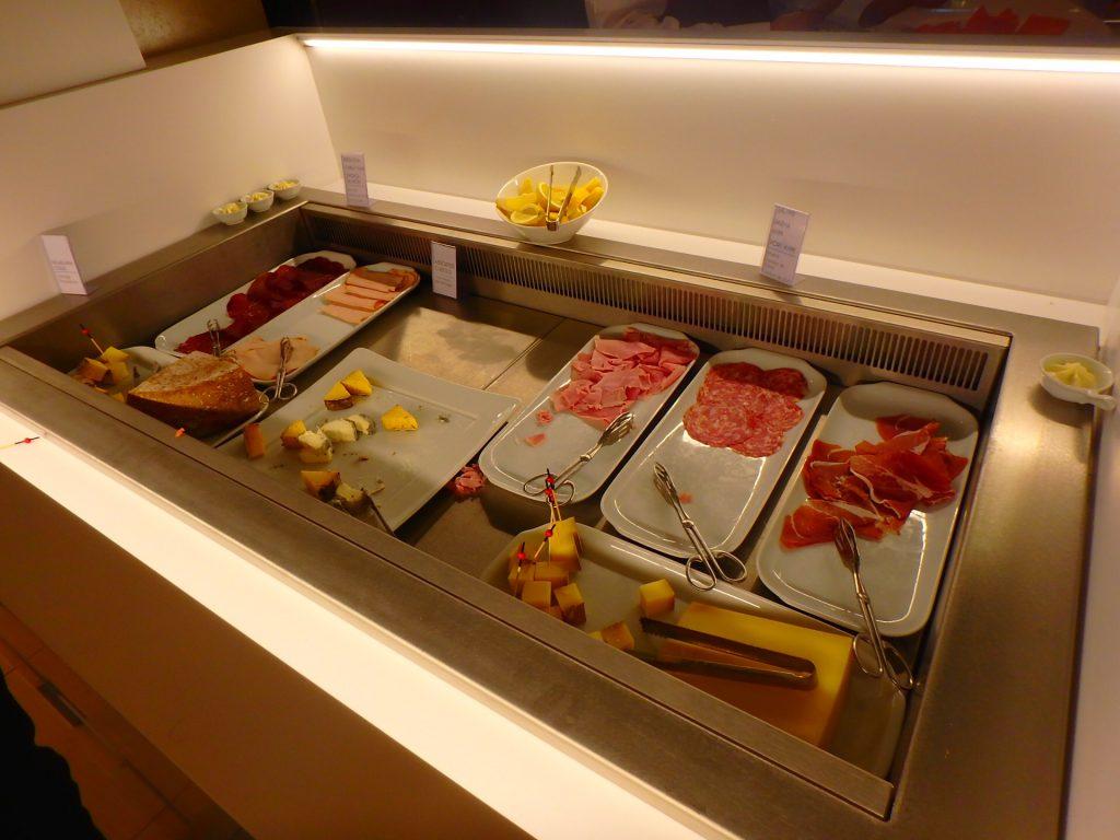 モナコ 朝食ビュッフェ ブログ