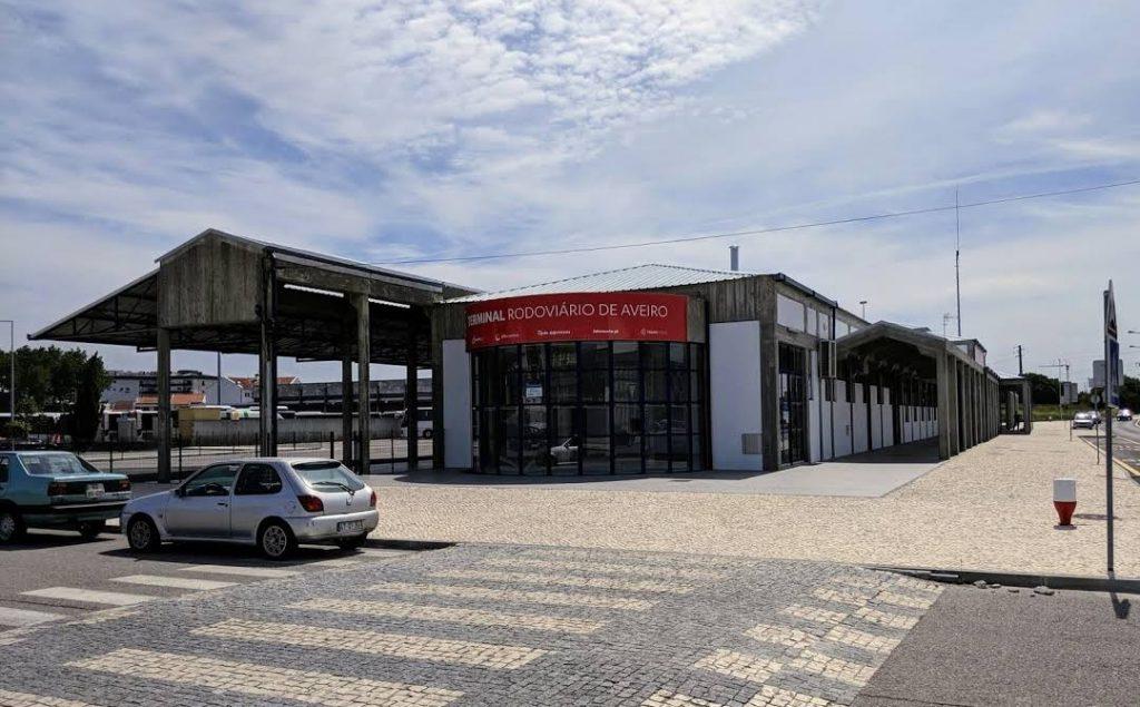 ポルトガル Aveiro駅 バスターミナル