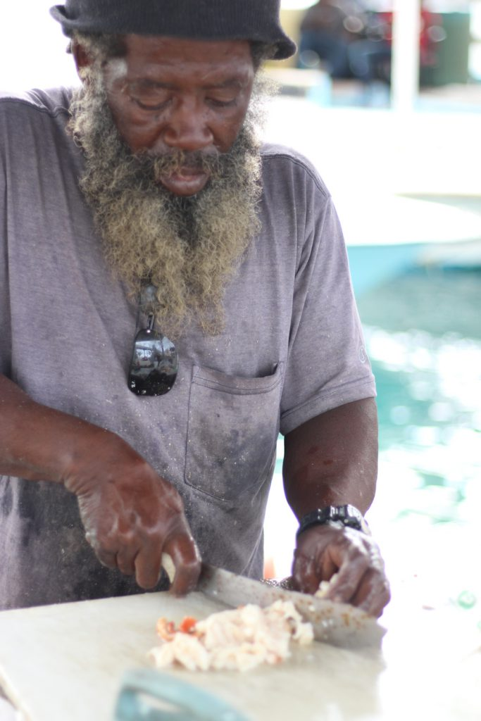 バハマ 名物 コンク貝のサラダ