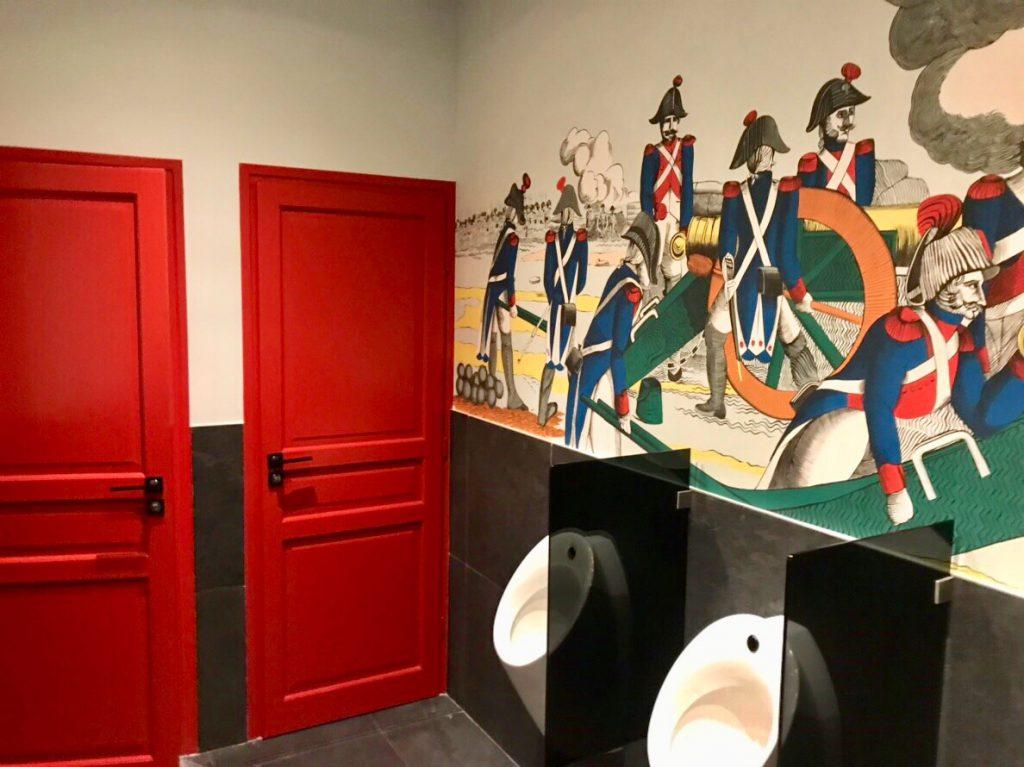 フランス 男子トイレ