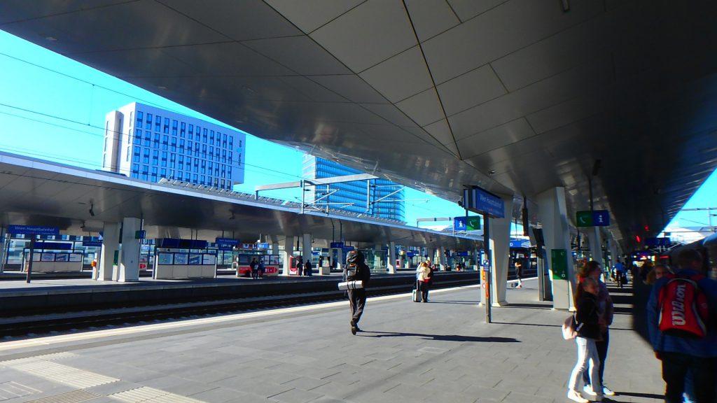 ウィーン Karlsplatz(カールスプラッツ)駅