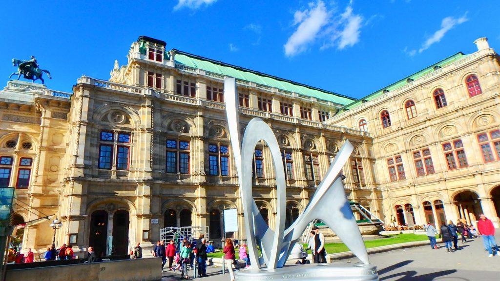 ウィーン 観光スポット 国立歌劇場