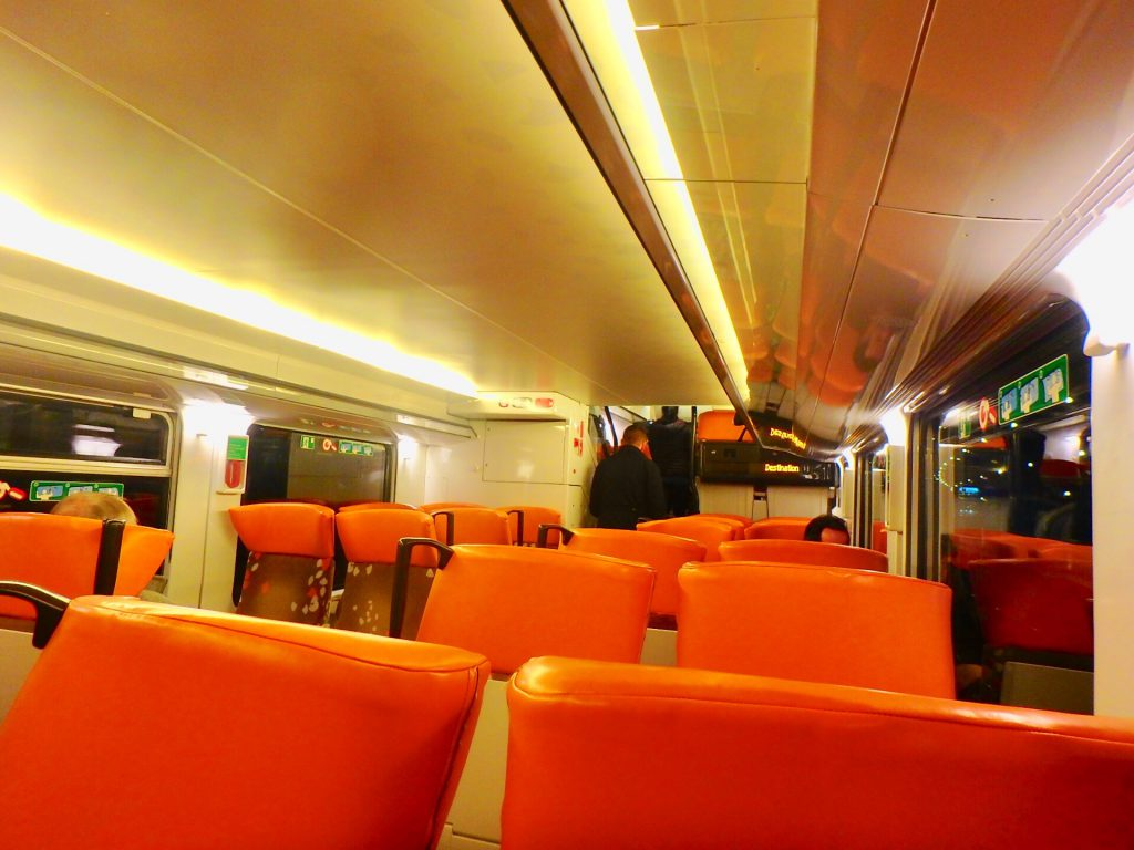 ニースからモナコ 電車 SNCF