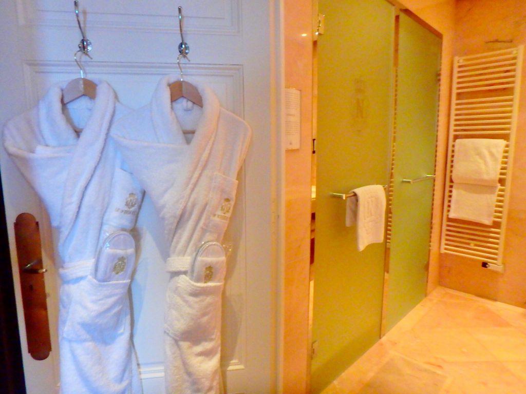 ホテルネグレスコ バスルーム