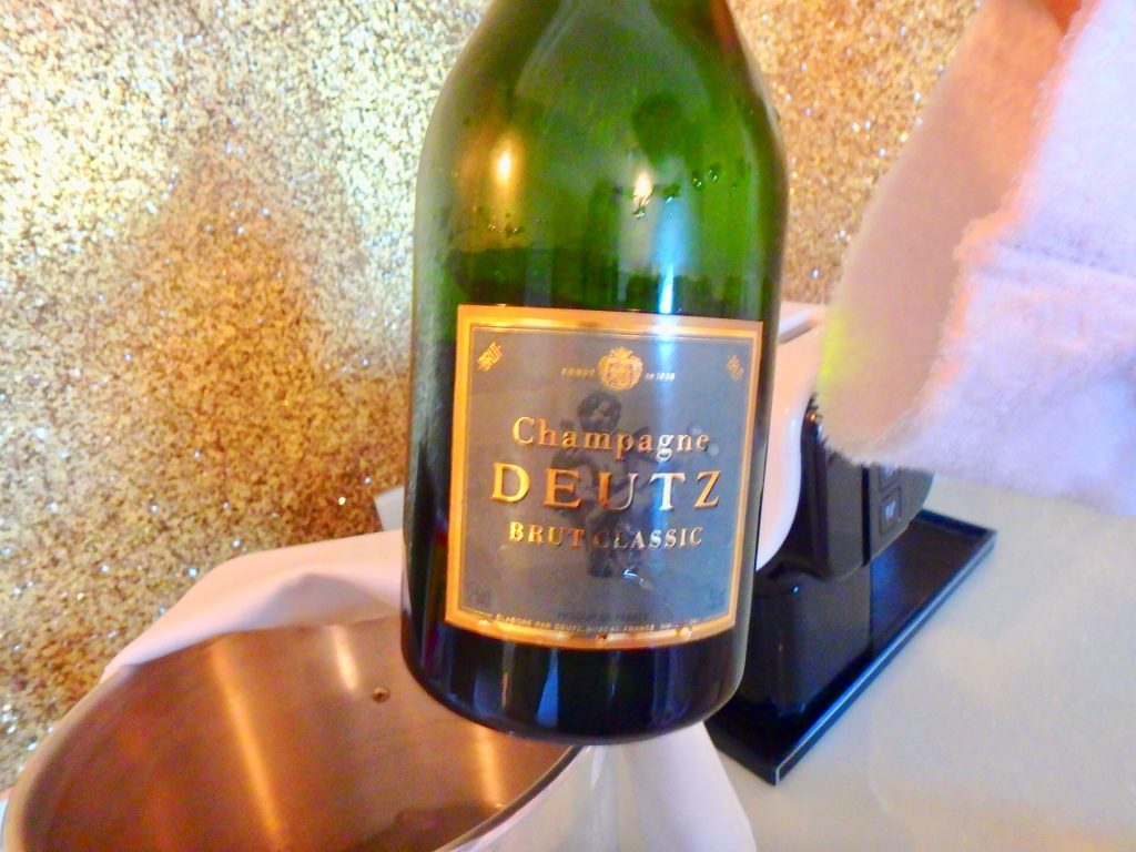 ニース ホテルネグレスコ シャンパン