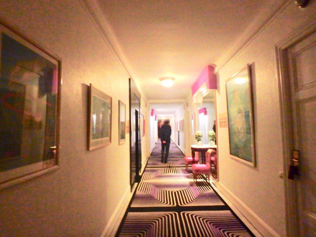 ホテルネグレスコ 芸術品 絵画