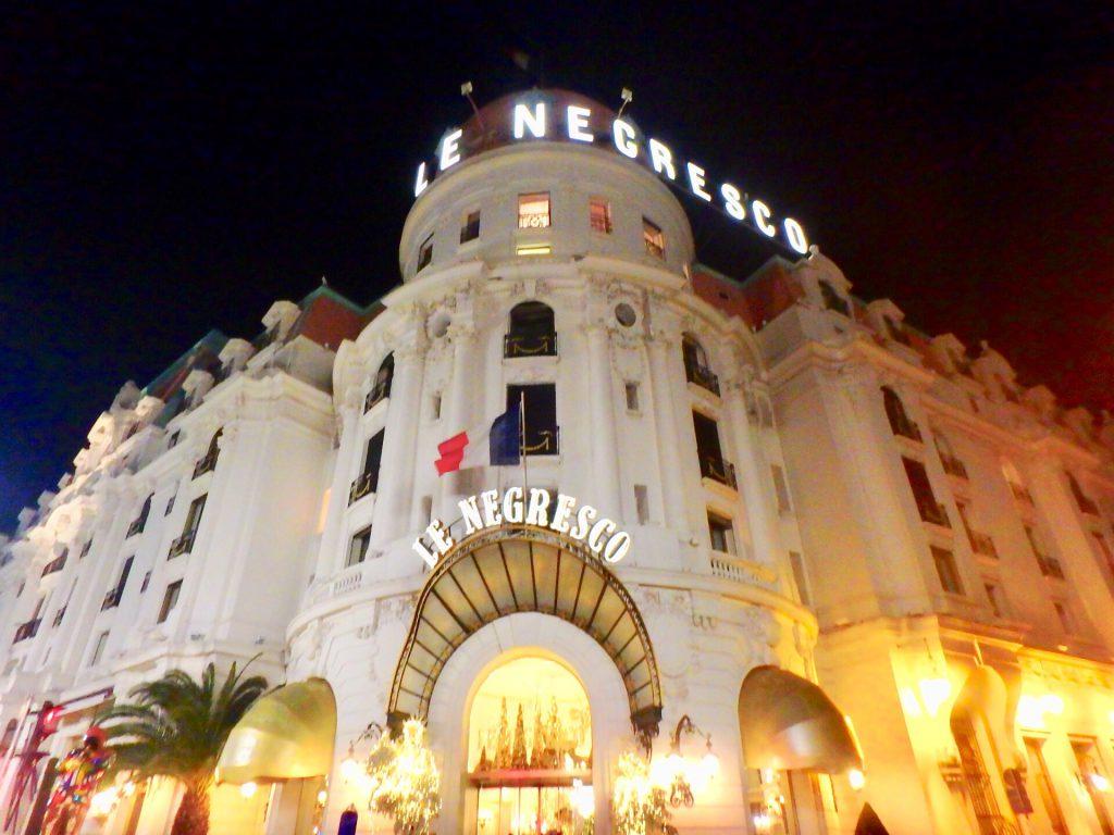 ニース 高級ホテル 南フランス