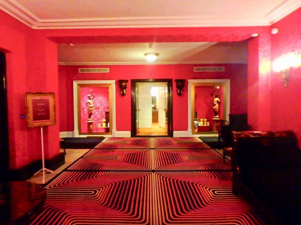 ホテル ネグレスコ スイートルーム