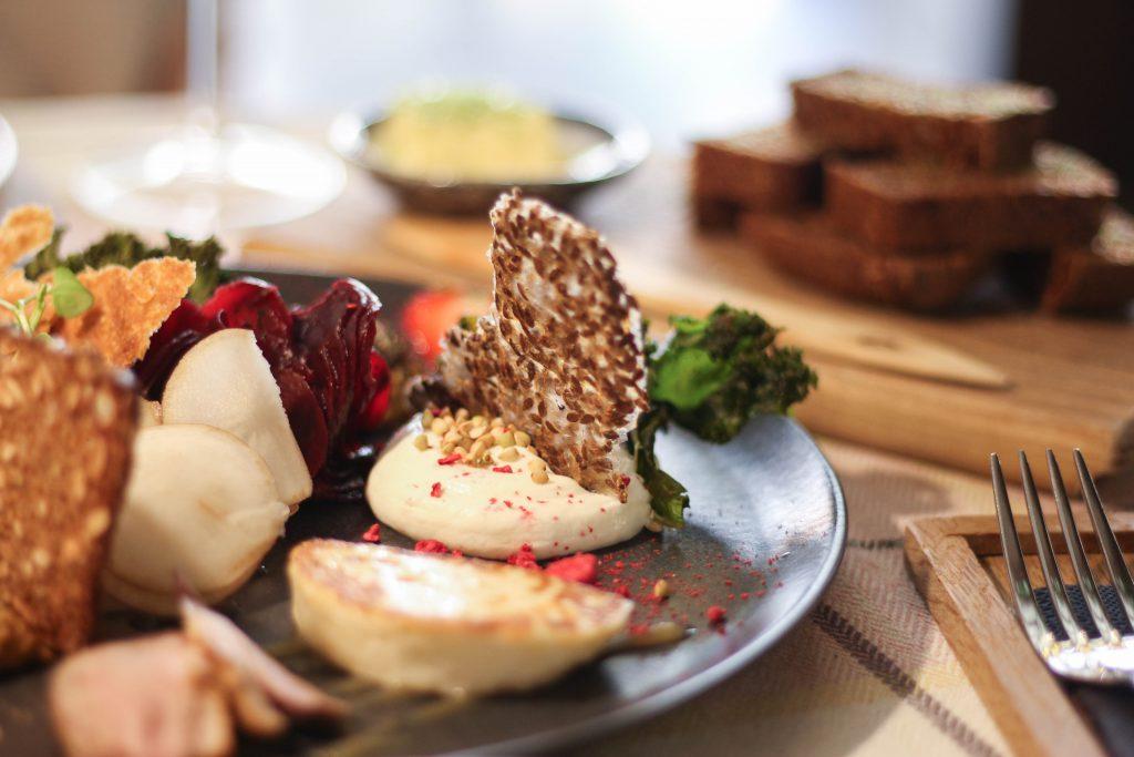 エストニア タリン 伝統料理 名物