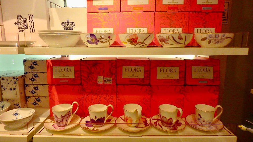 DFDS 免税店 FLORA 食器