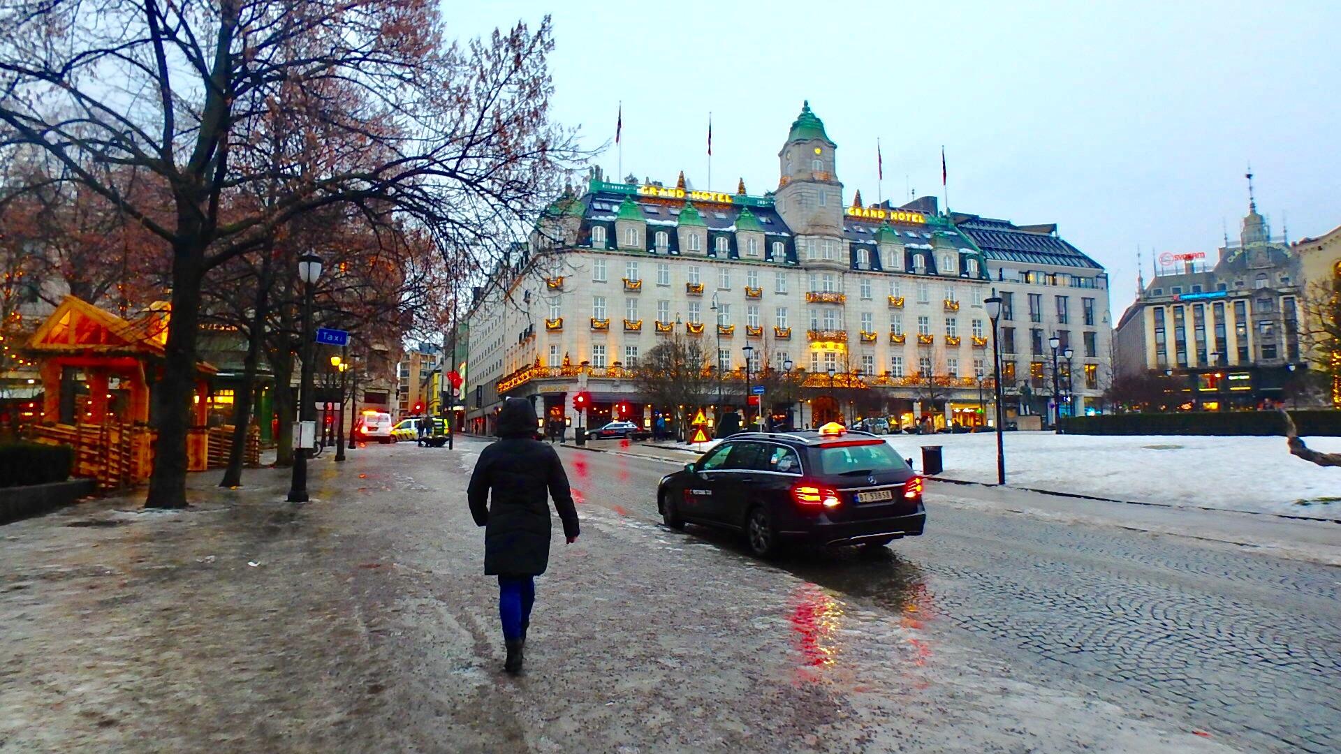 ノルウェー オスロ グランドホテル 五つ星