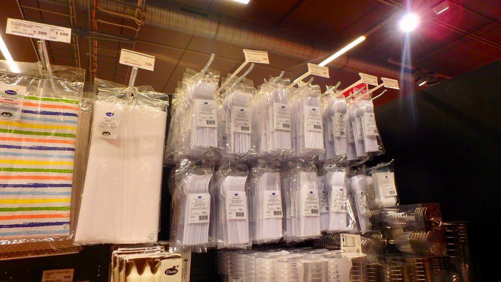 アイスランド レイキャビク 使い捨て食器