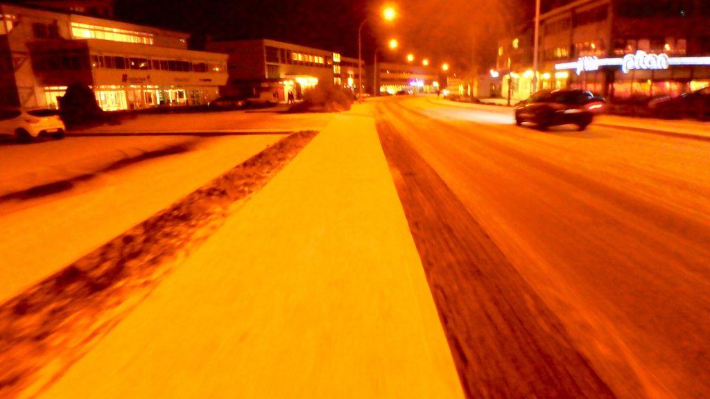 アイスランド レイキャビク 夜道 治安
