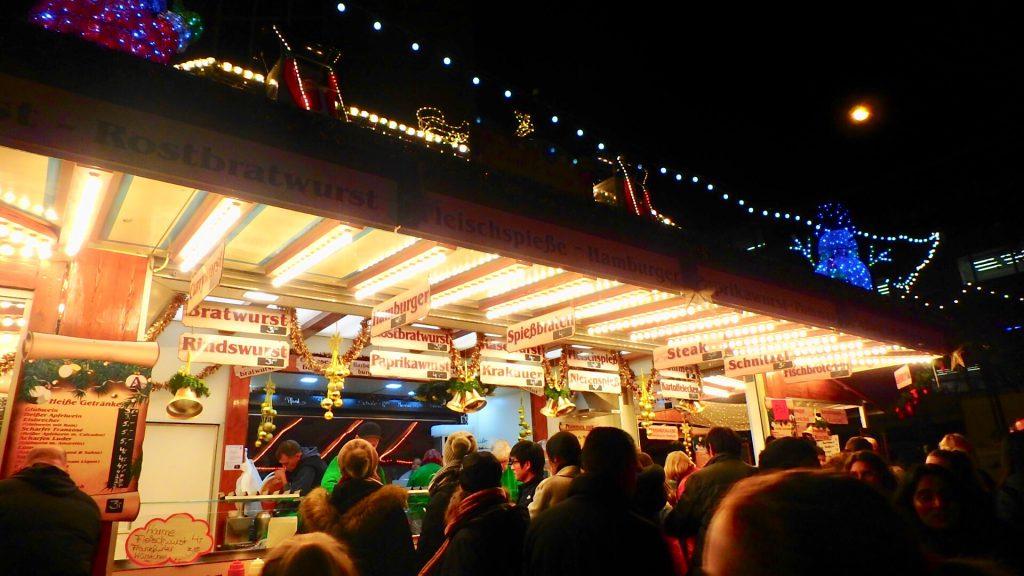 フランクフルト クリスマスマーケット 食べ物 屋台
