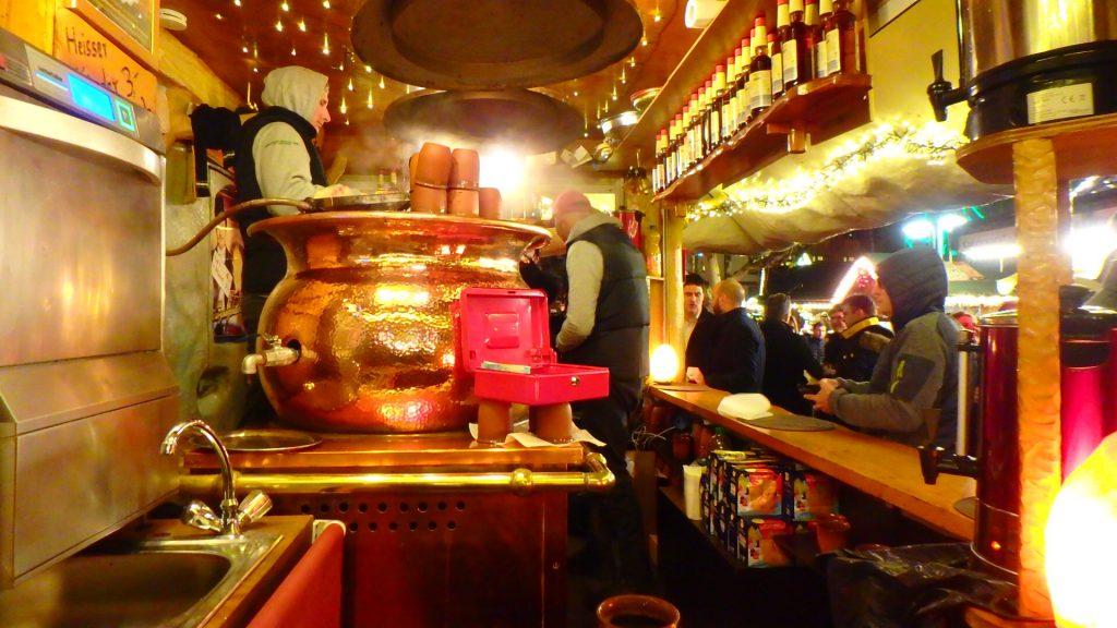 ドイツ クリスマスマーケット ドイツビール