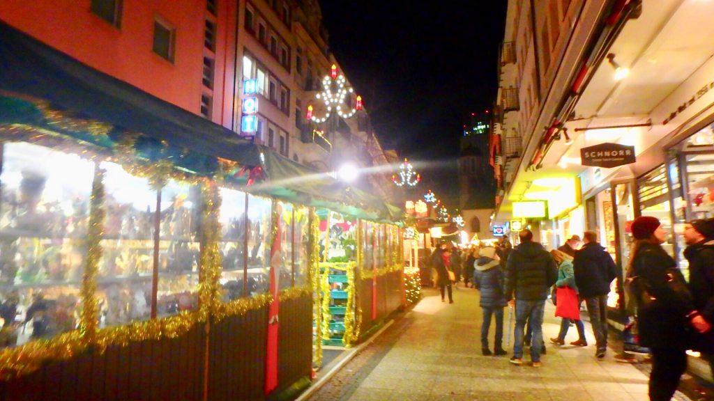 フランクフルト クリスマスマーケット 場所
