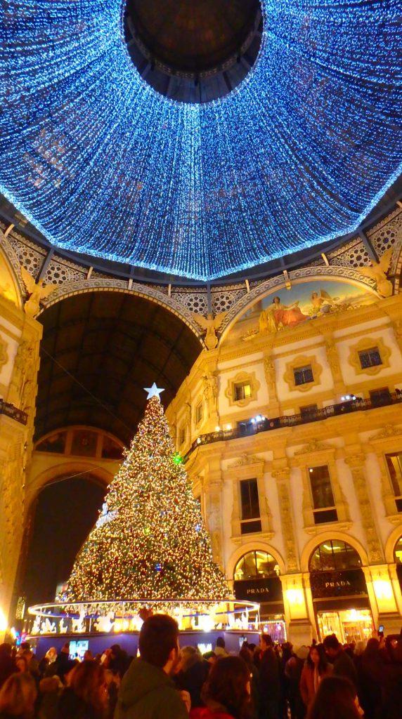 ミラノ クリスマス 綺麗