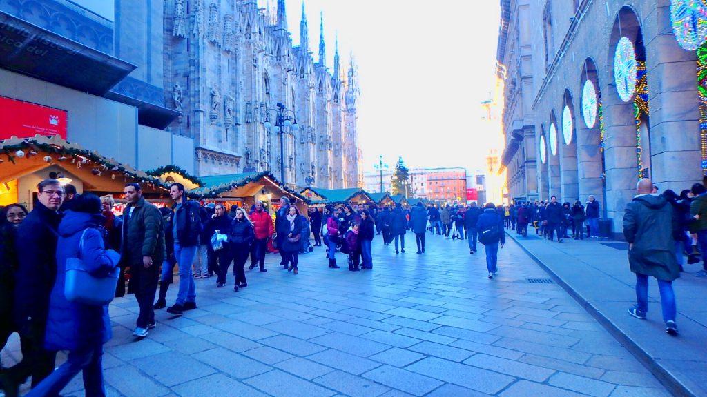 イタリア ミラノ クリスマスマーケット