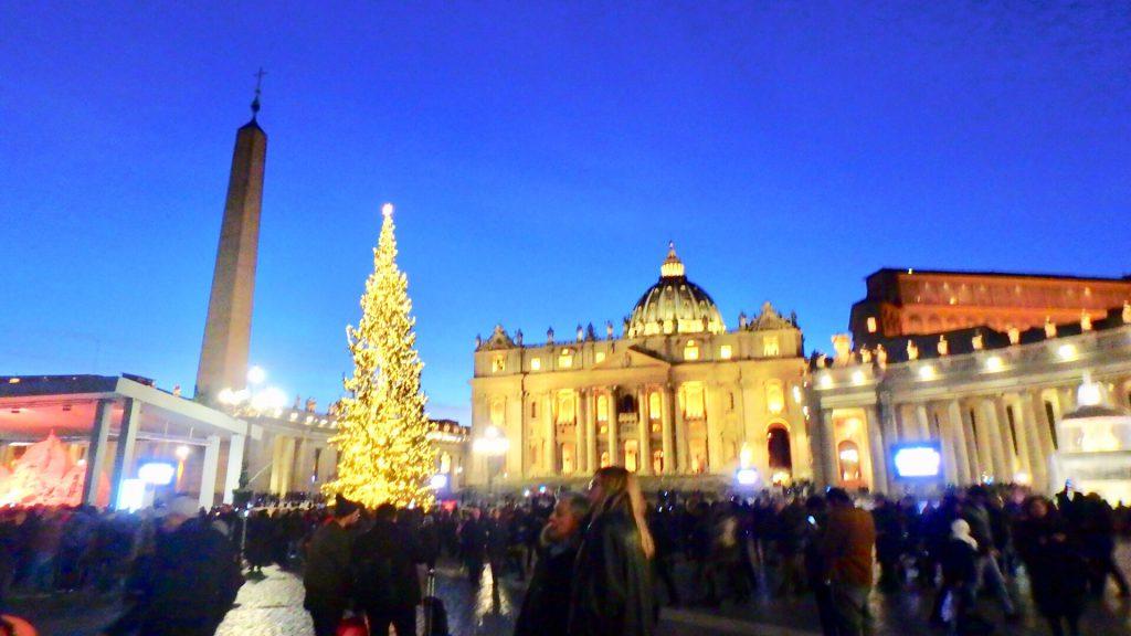 サン・ピエトロ広場 クリスマスツリー