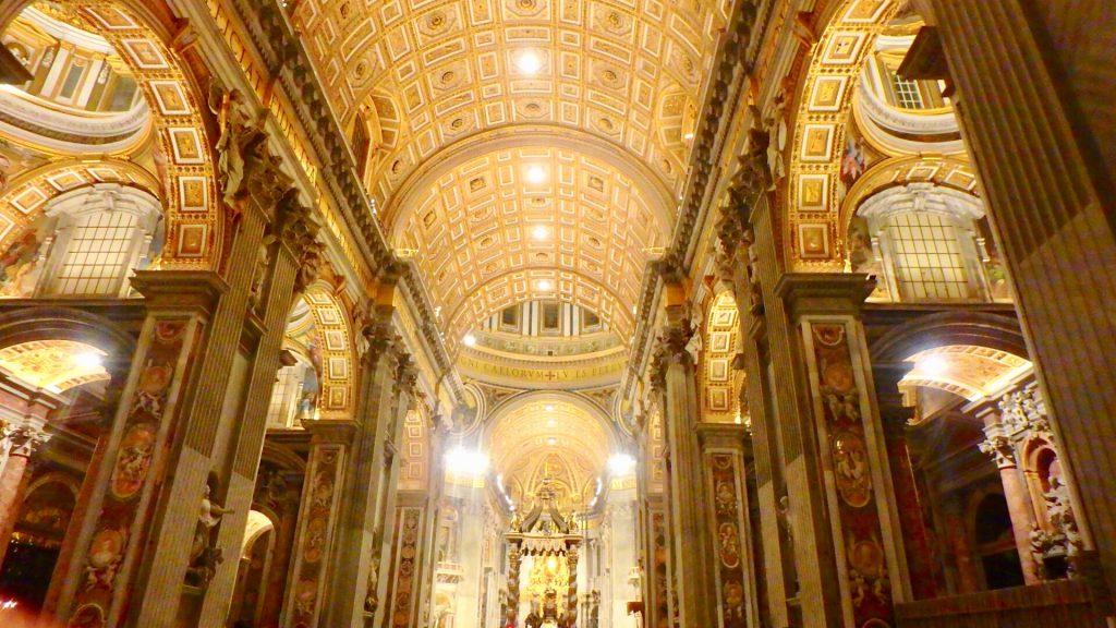 バチカン市国 観光 サン・ピエトロ大聖堂