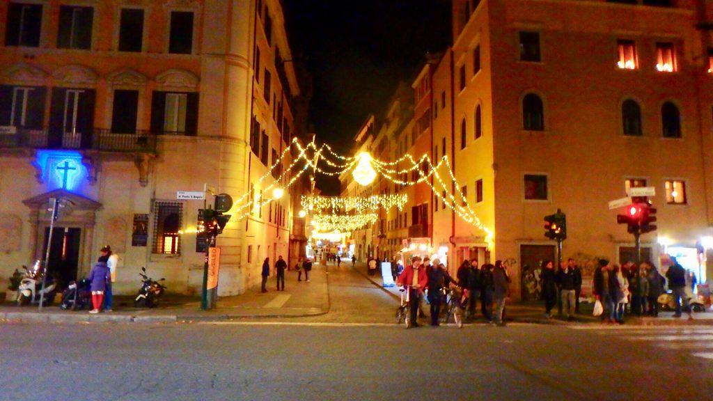 ローマ クリスマス当日 街中