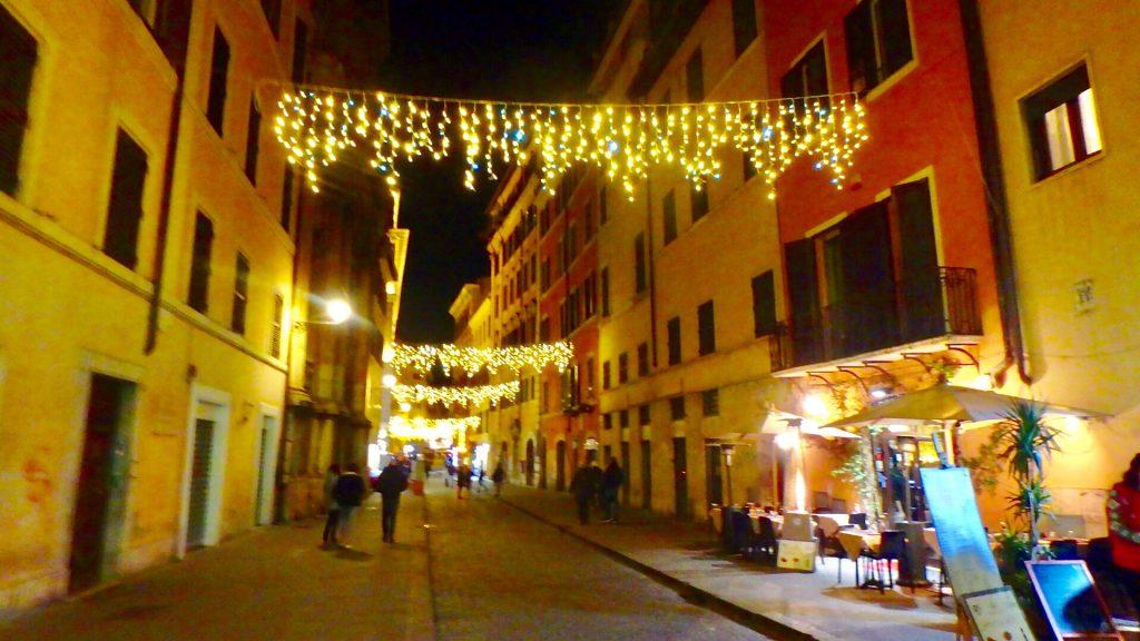ローマ クリスマス 市内 イルミネーション