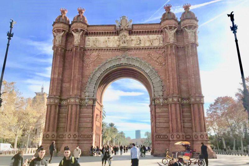 バルセロナ凱旋門 観光 ブログ