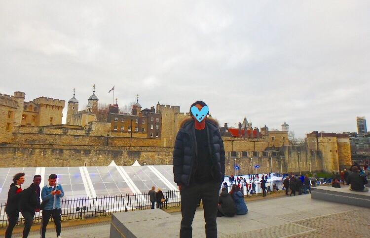 ロンドン塔 冬 観光 スケートリンク