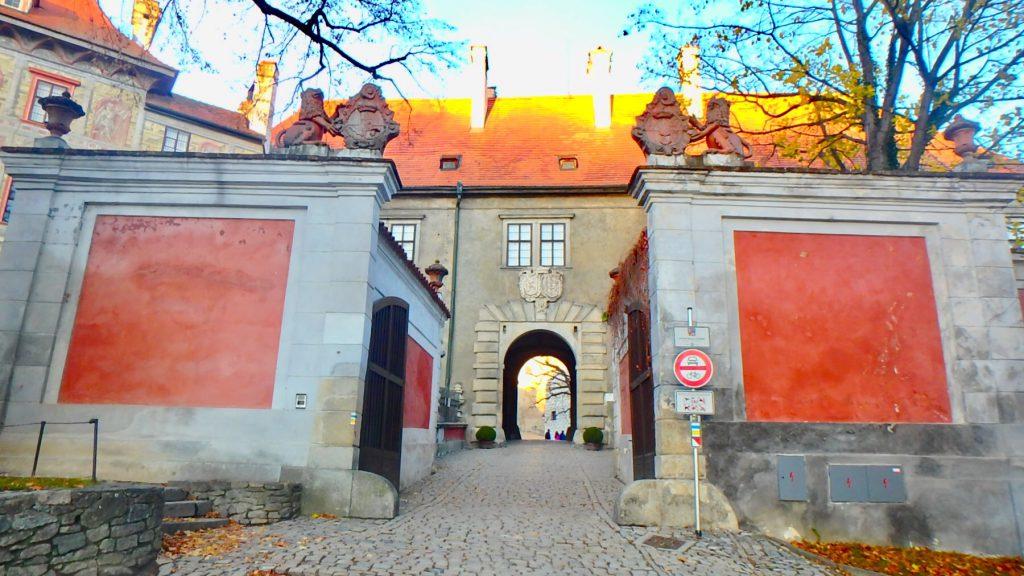 チェスキークルムロフ城 門 入り口