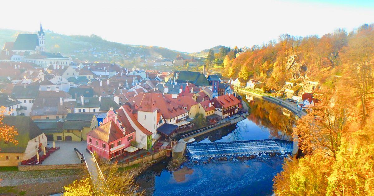 秋 チェコ旅行 紅葉
