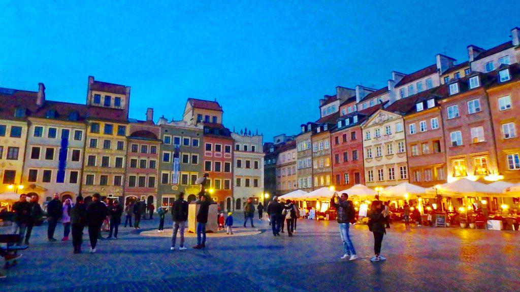 ワルシャワ旅行 女子 観光