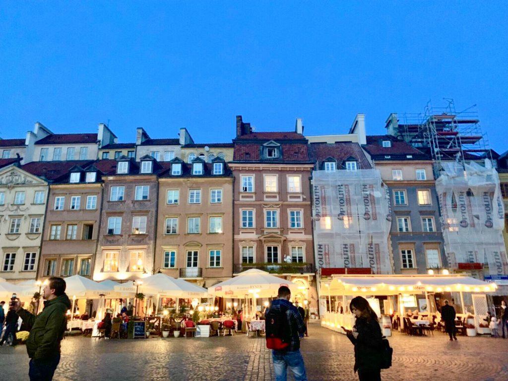 ワルシャワ 旧市街 レストラン