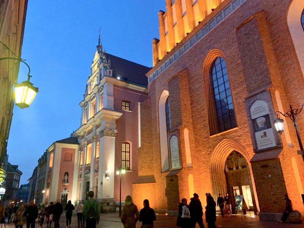 ワルシャワ 観光名所 洗礼者ヨハネ大聖堂
