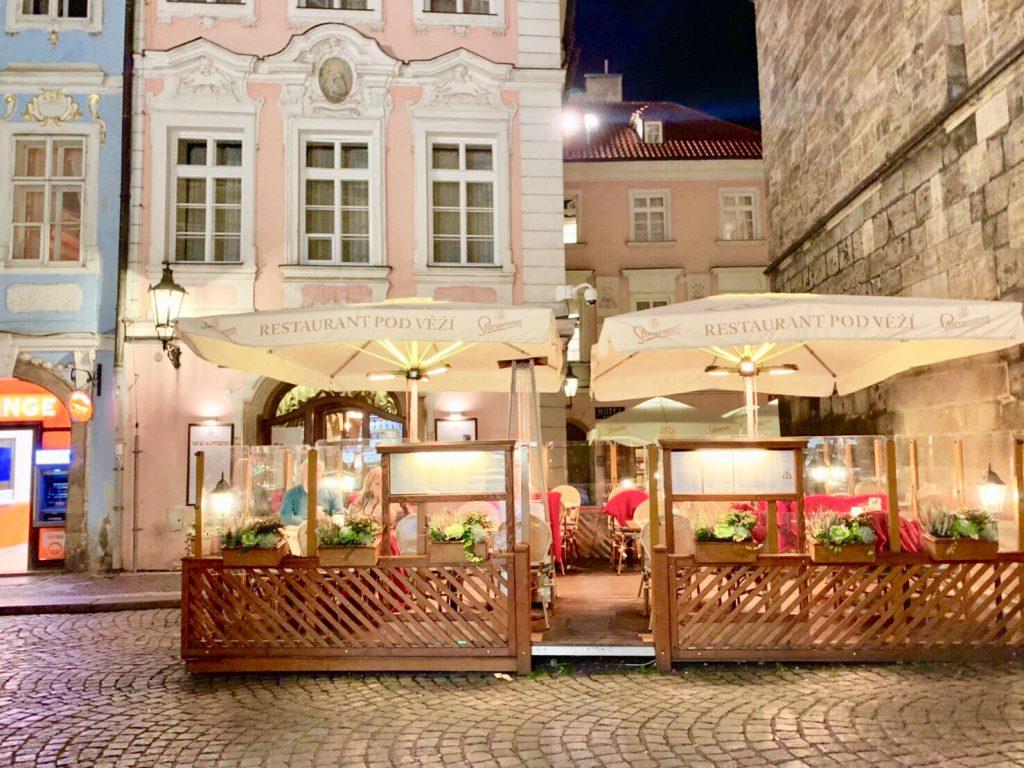 ワルシャワ カフェ レストラン