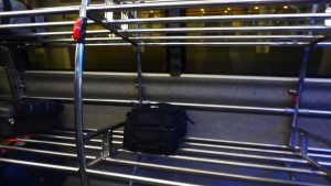バルセロナ エアポートバス スーツケース