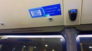 バルセロナ エアロバス USB 充電