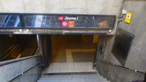 バルセロナ 駅 メトロ Jaume I