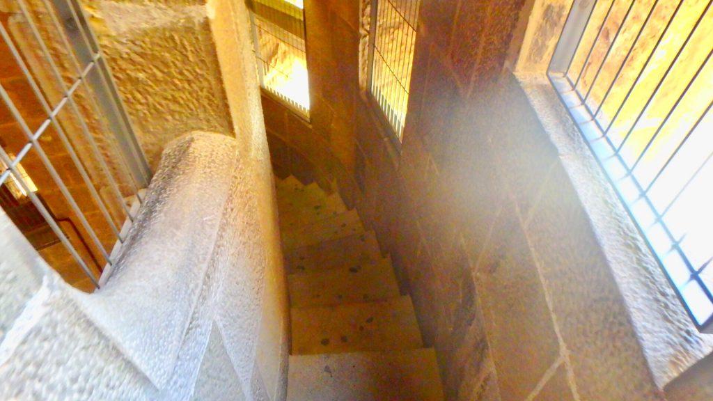 サグラダファミリア 内部 階段