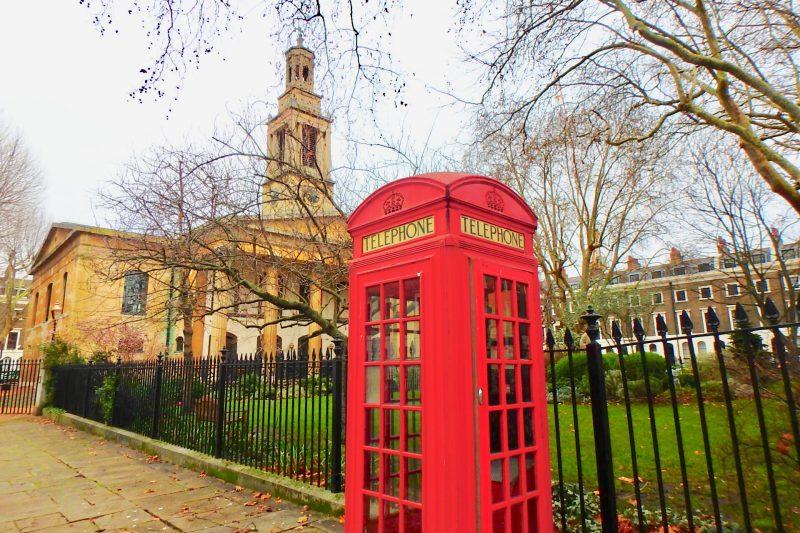ロンドン 赤い公衆電話