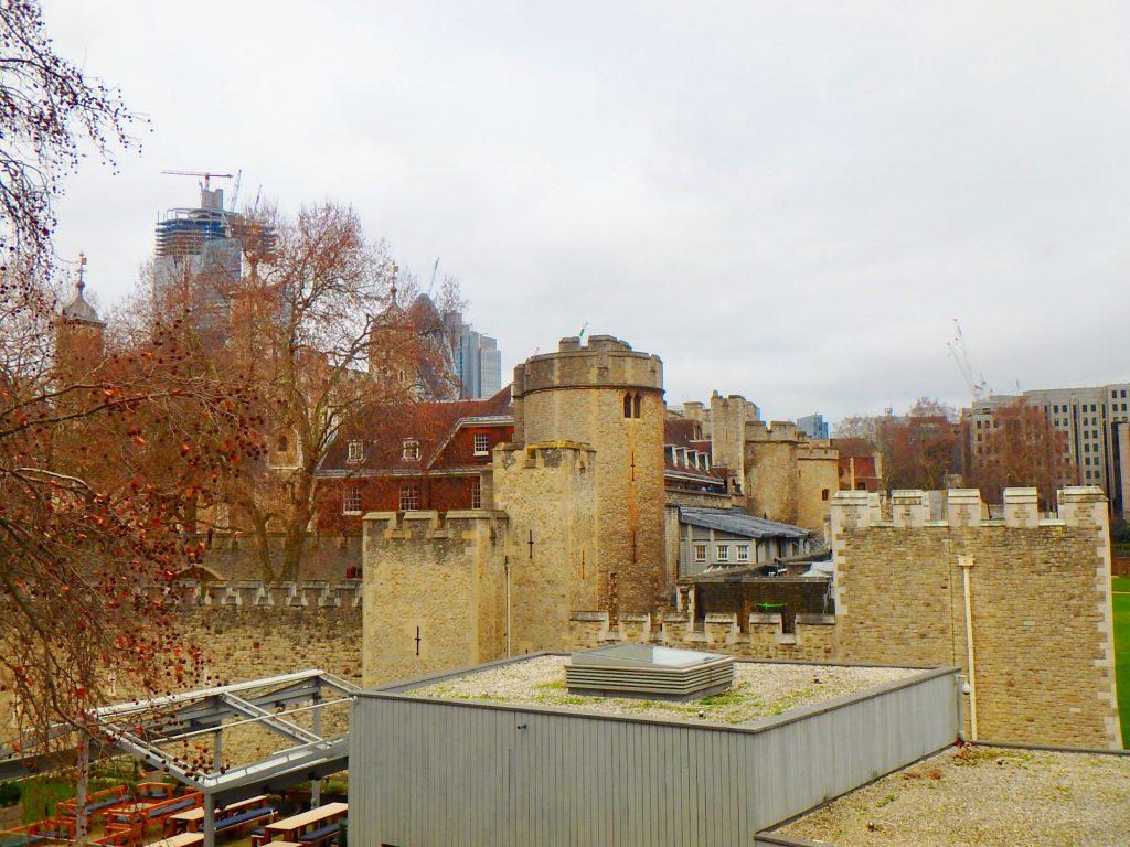 ロンドン塔 監獄 処刑場 牢獄