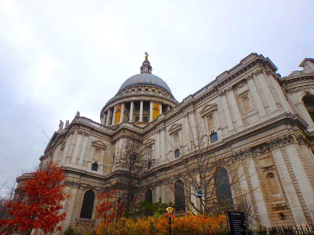 ロンドン 観光名所 セントポール大聖堂