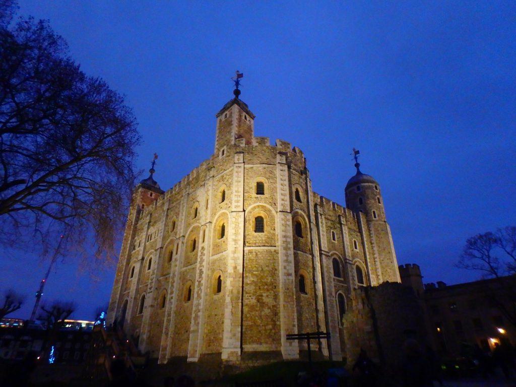 ロンドン塔 怖い 歴史