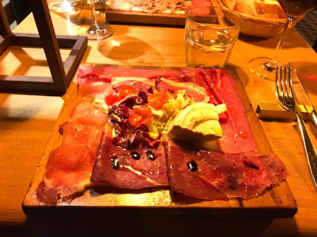 ミラノ 安い 美味しい ディナー